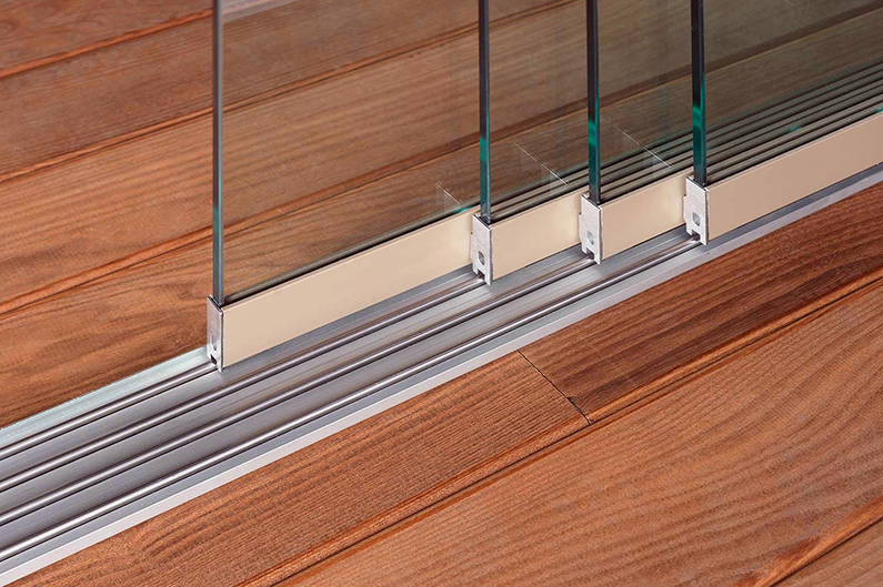 Sidoskjutbara glasvindväggar L700, 6