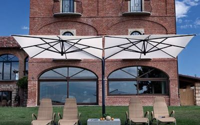 A76-serien: Sidohängt parasoll för uteservering och uteplats