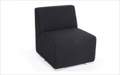 B1: QuickDryFoam modulsoffa med Sunbrella-tyg till loungeavdelning