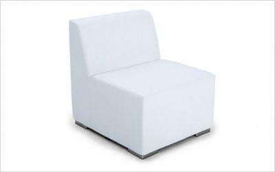 B1: QuickDryFoam modulsoffa med uteläder till loungeavdelning