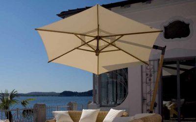 C76-serien: Sidohängt parasoll för uteservering och uteplats
